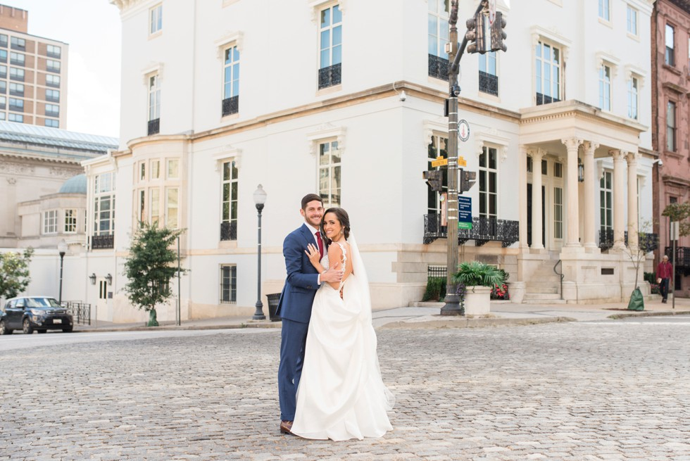 Wedding photos in Mount Vernon Place near George Peabody Library