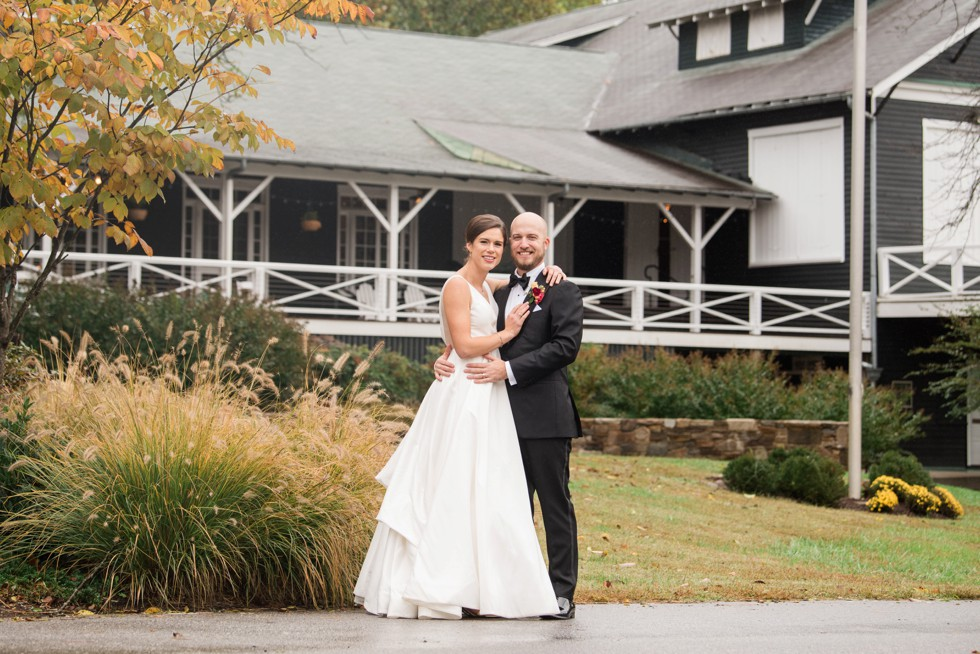 Sherwood Forest Clubhouse fall Wedding photos