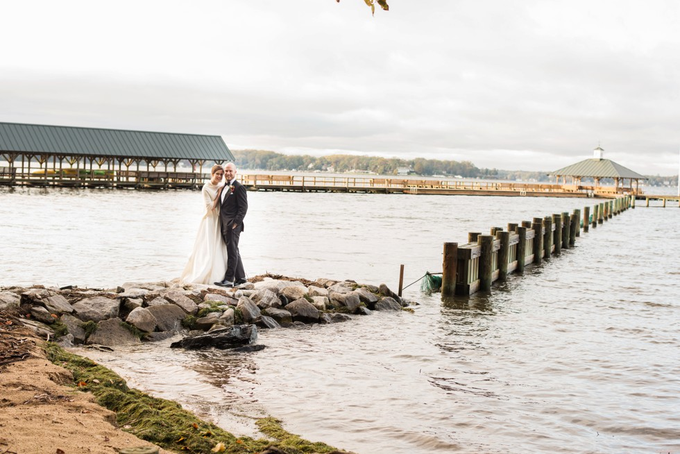 Annapolis Sherwood Forest waterfront Wedding couple