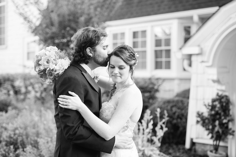 Overhills Mansion wedding in Catonsville Maryland by Associate Photographer Anna