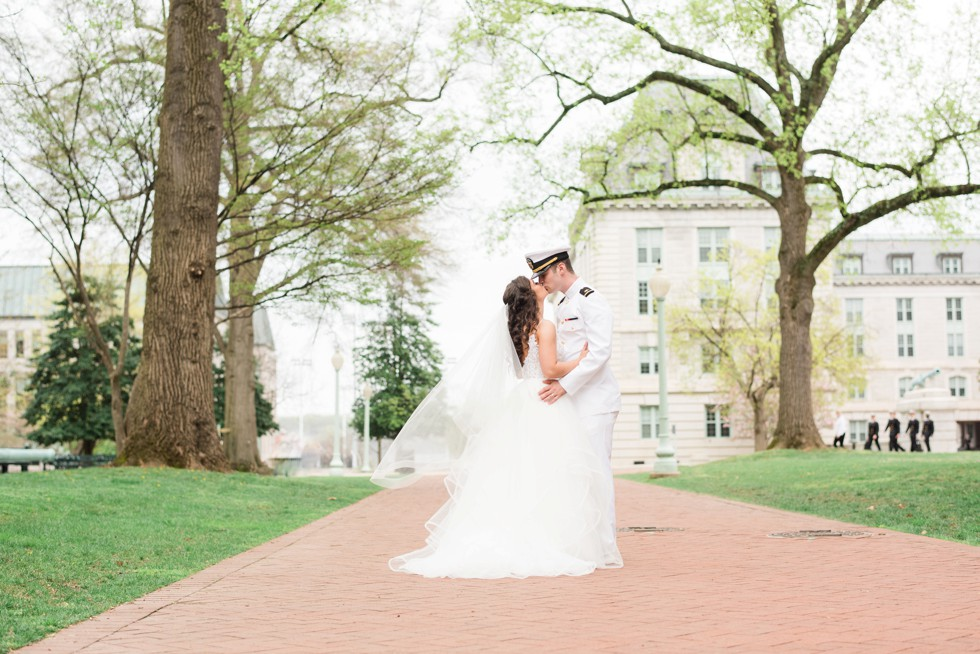 Annapolis USNA wedding in front of Bancroft Hall