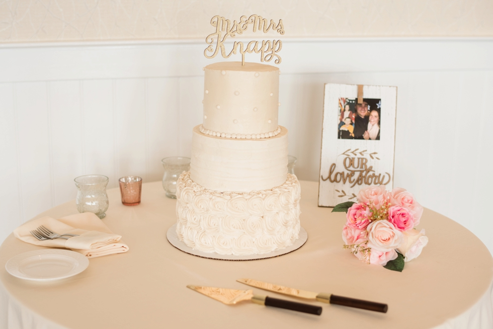Cakes by Krissy Chesapeake Bay Beach Club Sunset ballroom wedding reception details