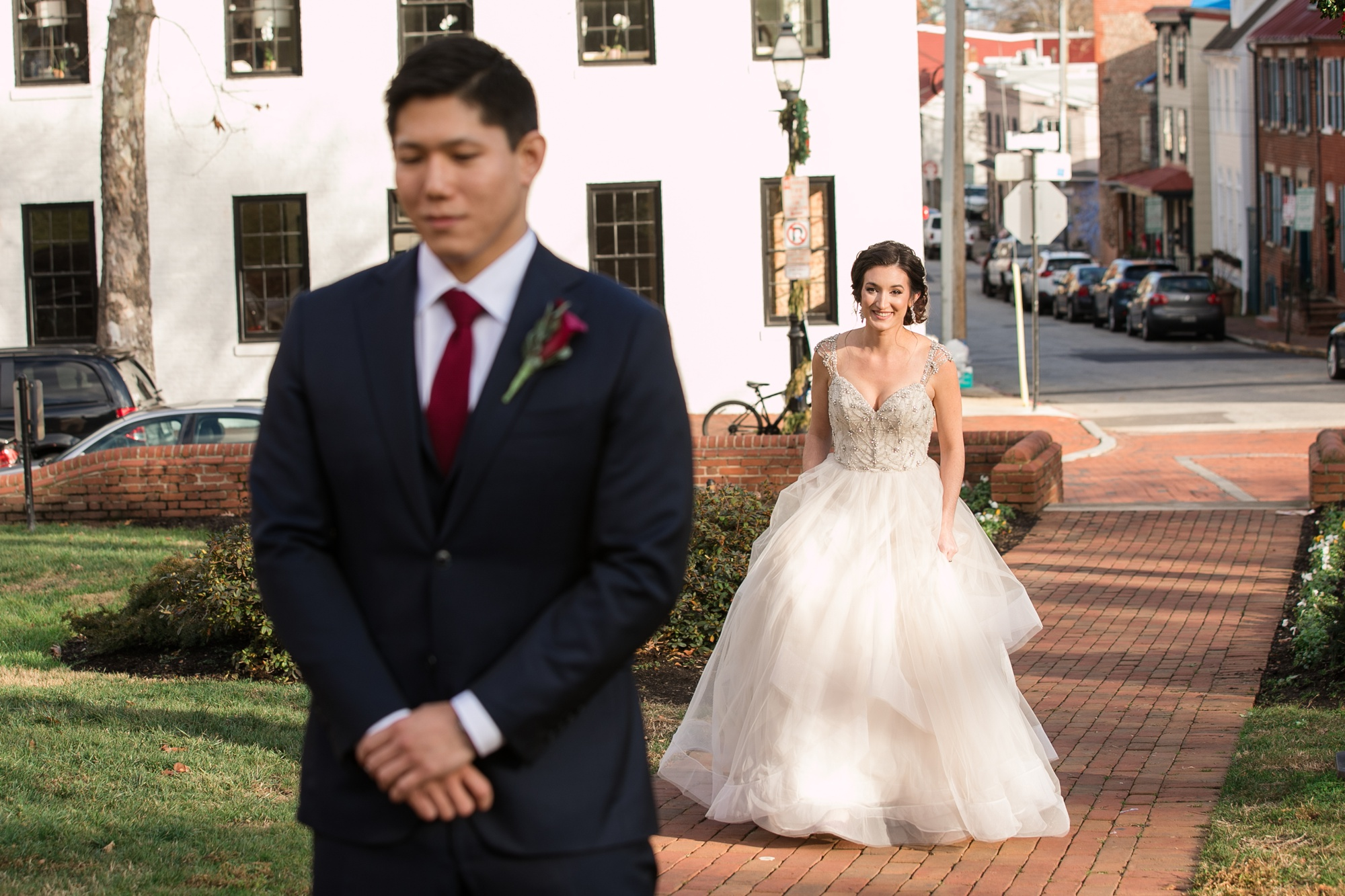 Annapolis wedding first look