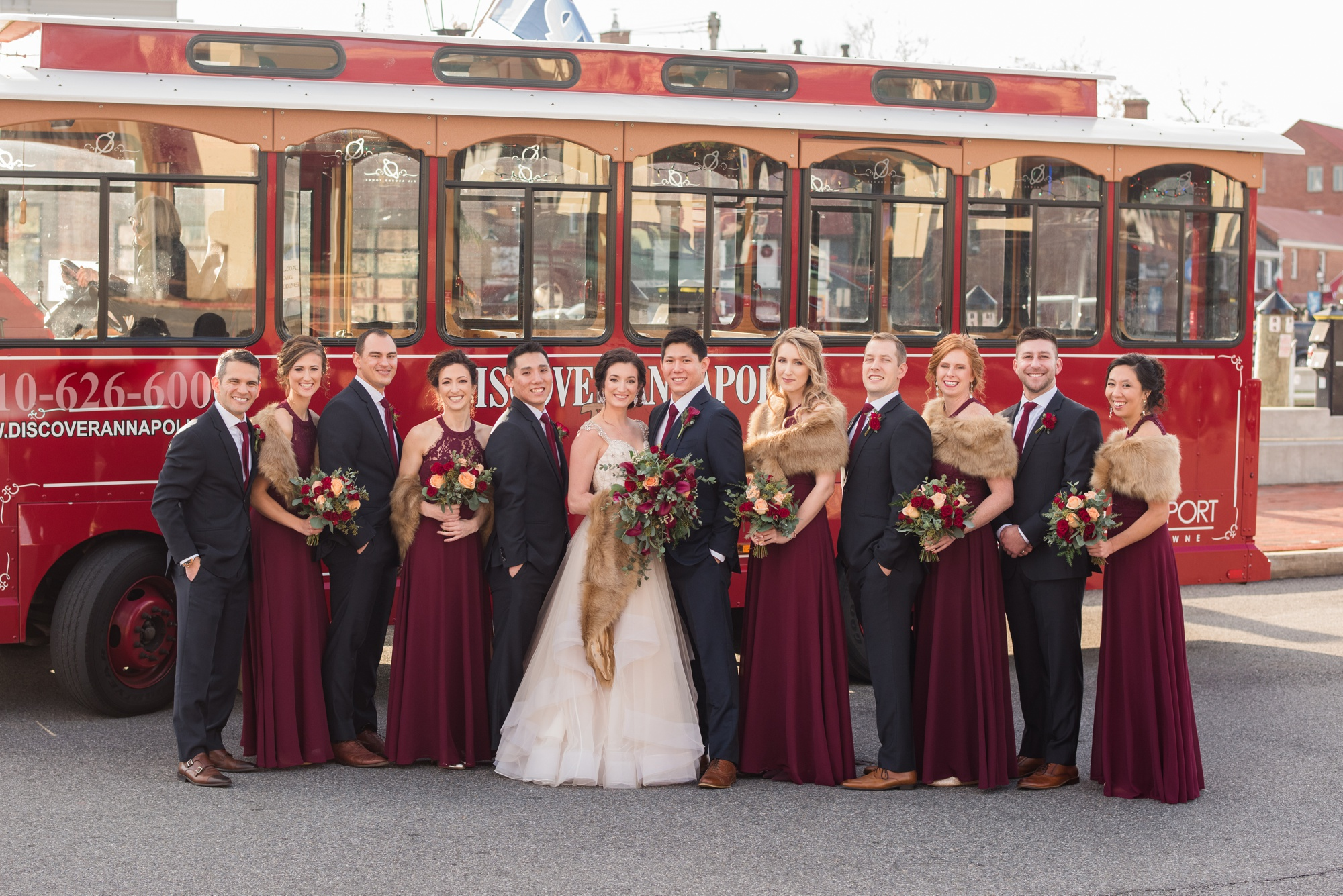Downtown Annapolis wedding party photos