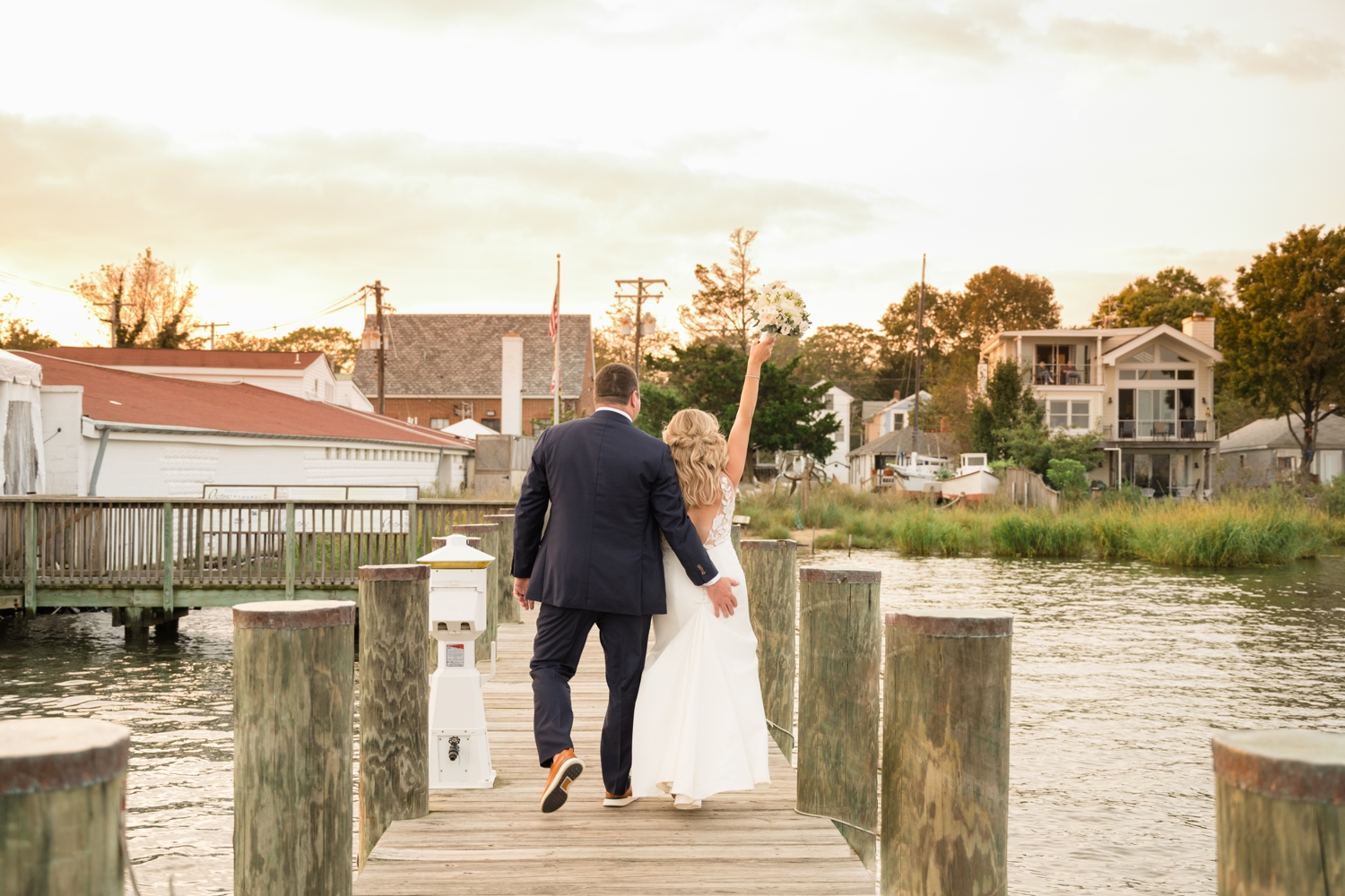 Annapolis Maritime museum newly wed micro wedding