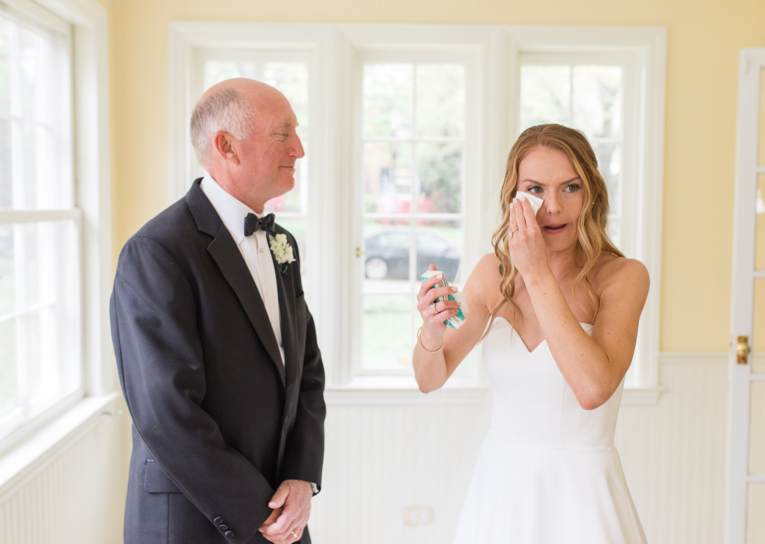 first look with the bride and her dad