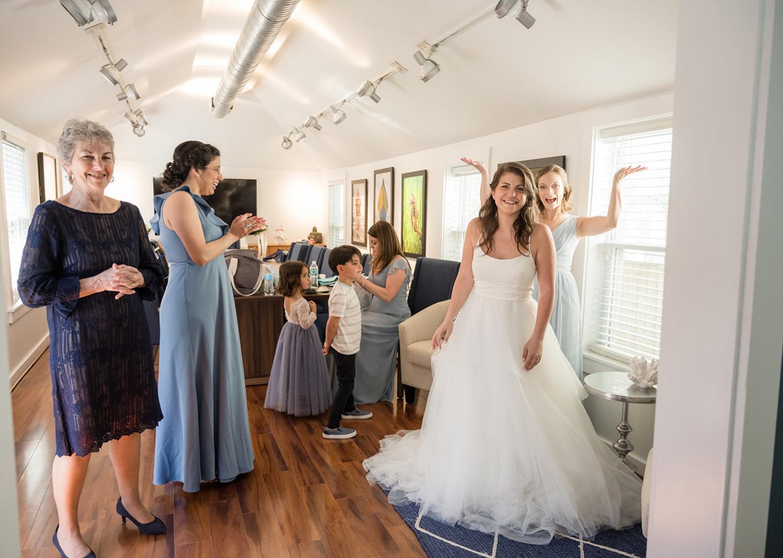bride and bridesmaid in the bridal suite